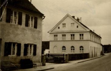 Bürogebäude der Firma Brandl in altem Glanz nach dem 2.Weltkrieg (1952)